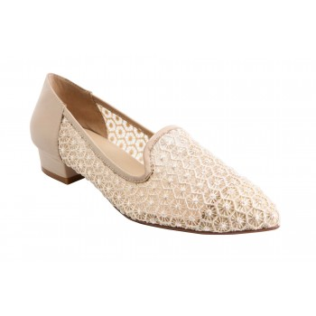 ASYMMETRIC PATTERN LACE POINT TOE LOAFER