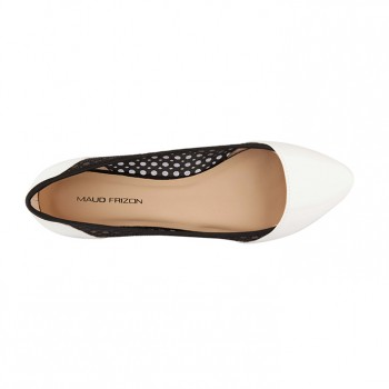 Dot Pattern Lace Point Toe Flats