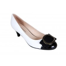 LEATHER ROUND TOE HEEL PUMP WITH PATENT TOECAP AND METAL TRIM BOW