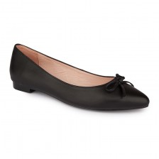 LEATHER POINT TOE FLATS