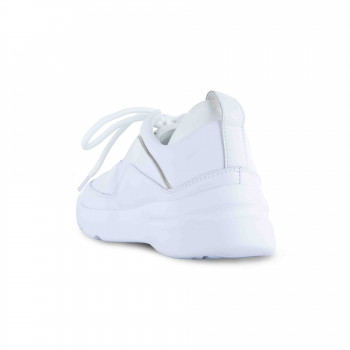 """""""LOUVE"""" TRAINER WITH STRETCH COUNTER AND FRENCH PIPING DETAIL"""