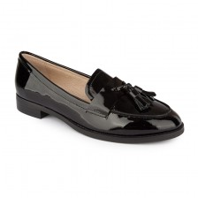Tassil patent loafers
