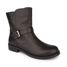Single strap leather biker boots