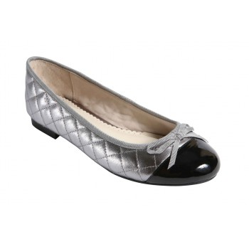 Quilted leather ballerinas